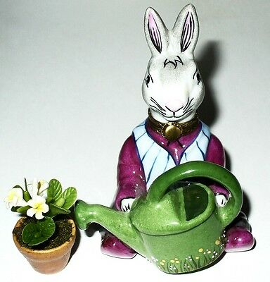 Limoges Box~ Gardening Bunny & Watering Can & Spring Flowers ~Rabbit~ Peint Main