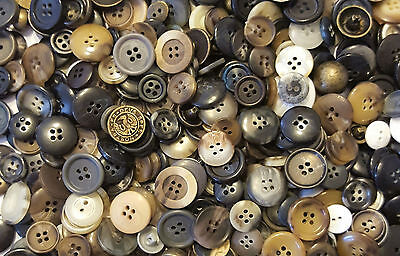 FAST SHIPPING~ 30 Assorted Design Brown Black Buttons Sewing Scrapbooking Craft