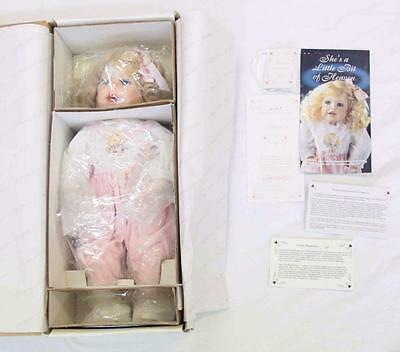 """The Hamilton Collection """"Lauren"""" Porcelain Doll 1993 In Packaging #10985"""
