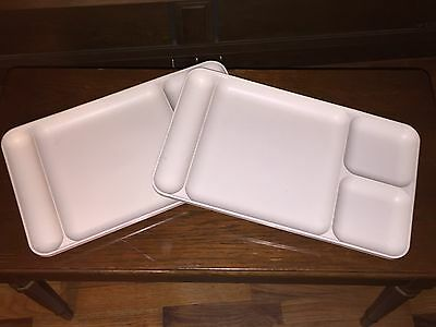 Lot of 2 Tupperware Sectioned Plates Almond/Beige School Camping Trays