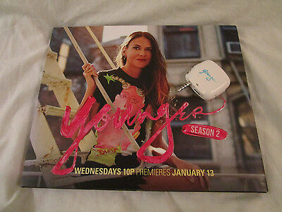 TV Land YOUNGER - Sutton Foster, Hilary Duff PRESS KIT PLAYER - w/ iPhone light