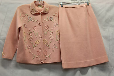 Macy's British Hong Kong Wool Suit Set Vintage 1960s Pink Beaded Excellent 2393
