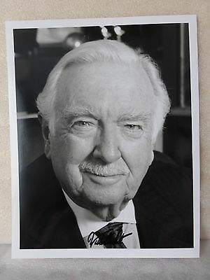 Walter Cronkite Authentic Autograph Hand Signed Photo 8 X 10