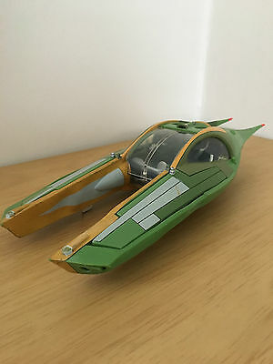 Complete Star Wars Speeder with blast off panels (Attack of the Clones 2002)