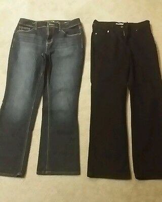 Wholesale lot of 2 women jeans size 8s