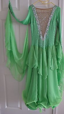 BALLROOM STANDARD SMOOTH WALTZ DANCE COMPETITION DRESS Green 4 6 Petite