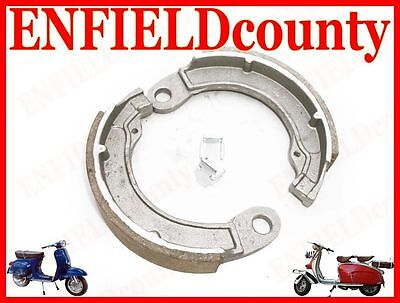 Brand New Vespa Complete Rear Brake Shoes With Fixing Clips Early Vespa  @cad