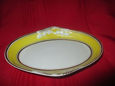 Mottahedeh Lisbon Yellow with gold trim Butter dish