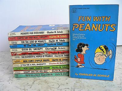 13 Vintage PEANUTS Comic Books Fawcett Crest Charlie Brown Snoopy Charles Schulz
