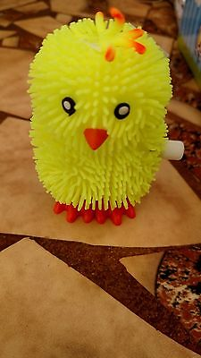 Baby Chick Happy Hopper - Wind Up Hopping Chick 24 Count Box