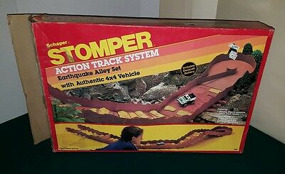 Vintage 1984 STOMPER Action Track System EARTHQUAKE ALLEY SET & WILD COUNTRY