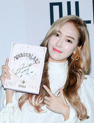Signed Jessica Girls Generation Snsd Album Wonderland CD+Poster Hand Autograph
