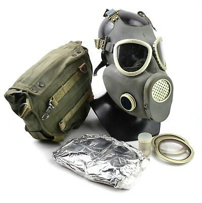 Vintage soviet era gas mask. Polish military Gas Mask MP-4. NEW Full set surplus