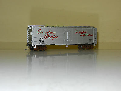 Accurail 40' Reefer Box Car Canadian Pacific Cp Rail Ho Scale Like New