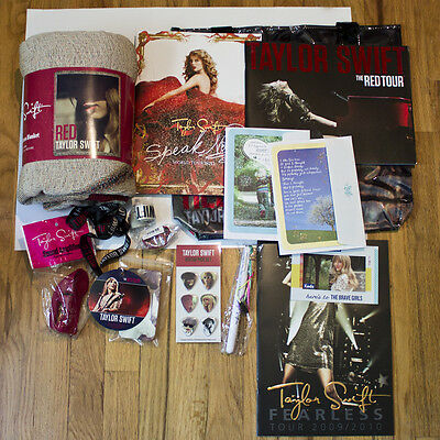 Taylor Swift Red Full VIP Package!!!