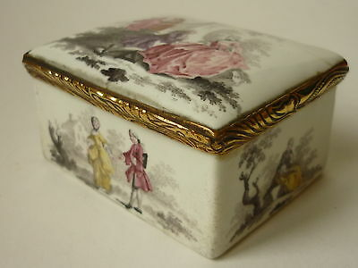 XVIIIth Century enamel snuff box painted with animated scenes 1750 - 1780