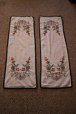 Set of Two Vintage Style Matching Table Runners Black & Red Floral Pattern
