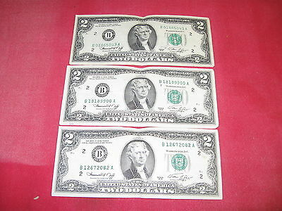 Three 1976 Series Two Dollar Notes