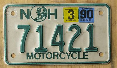 NEW HAMPSHIRE  MOTORCYCLE license plate   1990  71421