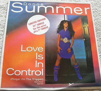 donna summer, love is in control, warner k 79302t. 1982