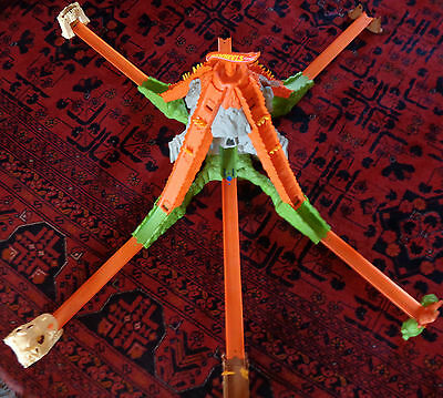 Hot Wheels Criss Cross Crash and Volcano Blast in working order good condition