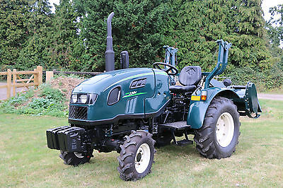 New Fieldmaster Shire 330 28hp Compact Tractor 4x4