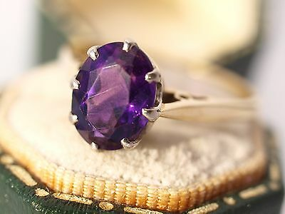 18ct Yellow Gold Solitaire Amethyst Ring Hallmarked