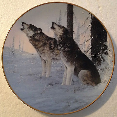 Collectable Wolf Plate 8 1/4 Inches - Cry Of The Wild - Princeton Gallery