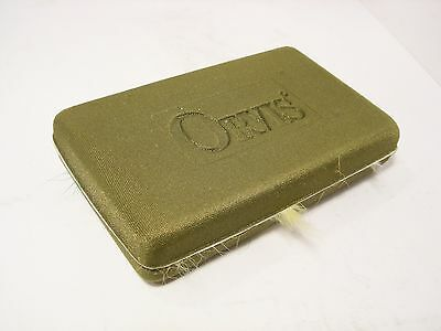 Orvis Soft Magnetic Fastening Fly Box & 43 x Trout Flies