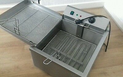 Large Area 24L Donut Fisher Fryer 3kW Plug with side drainer