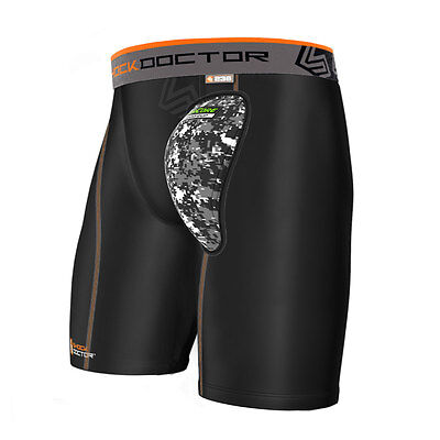 Shock Doctor Boxer Compressions Shorts mit AirCore Hard Cup 236 UFC MMA BJJ
