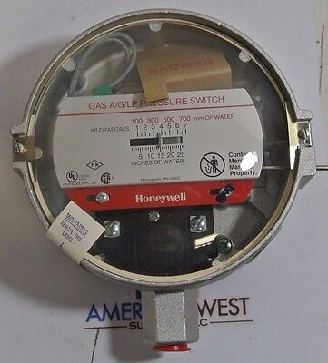 Honeywell C437D 1005 GAS/AIR PRESSURE SWITCH - NEW IN BOX
