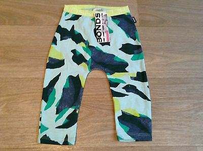 NWT Bonds BabyGreen Abstract Camo Print Stretchies Leggings Size 000/0 RRP$14.95