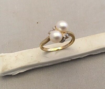 Substantial Good Quality Cultured Pearl & Diamond Set 9ct Gold Ring Size M