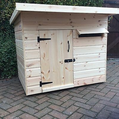 Dog Kennel Cat House Rabbits Chickens 4ft X 3ft Suit Large Dog CAN DELIVER