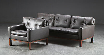 Vintage Retro Danish Buttoned Leather And Rosewood 3 Seater Sofa And Chair Set