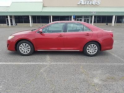2014 Toyota Camry FRONT WHEEL DRIVE 2014 TOYOTA CAMRY LE LOADED RUN AND DRIVE GREAT POWER LOCK LOW MILES
