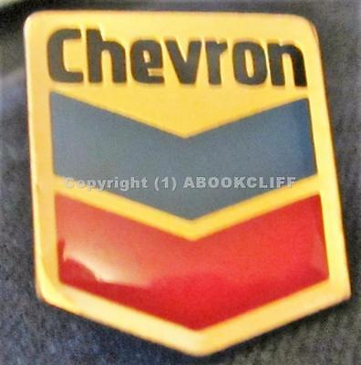 CHEVRON GAS and OIL CANADA EMPLOYEE ? Lapel Pin