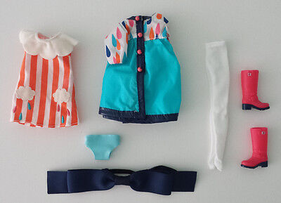 Playful Raindrops Blythe Stock Outfit NEW