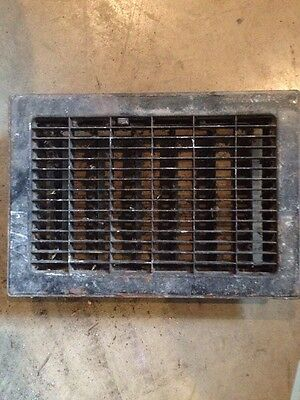 Antique Sheet Metal Floor Heating Grate With Fins