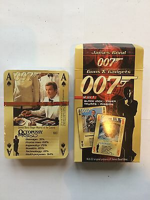 007 James Bond Guns and Gadgets Character playing cards NEW SEALED