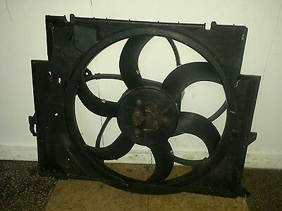 BMW E90 2007 engine radiator cooling fan and motor 7788906