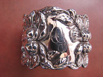 Art Nouveau 3-D Gorgeous Iris Sterling Silver Napkin Ring Beautifully Polished