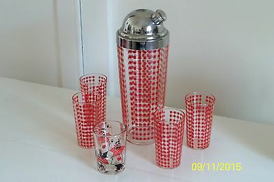 Red Checked Large Cocktail Shaker With Chrom Top, Four Glass And One Shot Glass