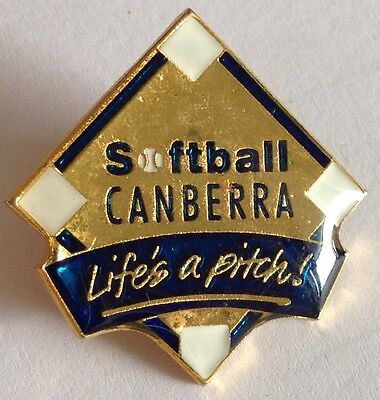 "Canberra Softball ""Lifes a Pitch"" Pin Badge Rare Vintage (E2)"