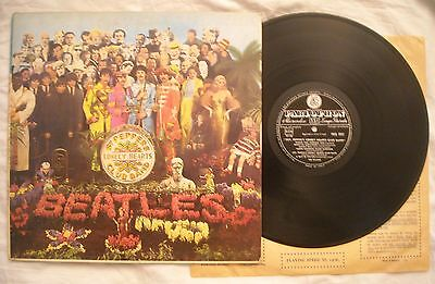 BEATLES SGT PEPPER'S LONELY HEARTS CLUB BAND + INSERTO - ANNO 1967 - 1° italiana