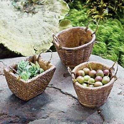 Miniature Dollhouse FAIRY GARDEN - French Laundry Baskets Set of 3 - Accessories