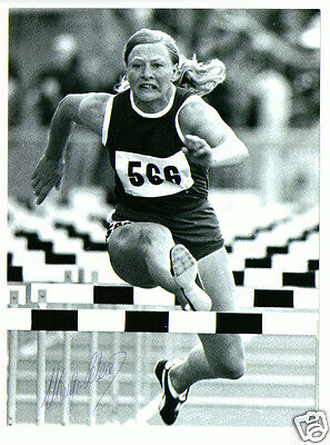 Mary Peters Munich Olympic Gold Medalist 1972 Signed Autograph 6 x 8 Photograph