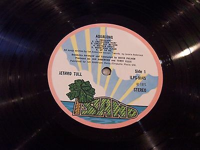 Jethro Tull , Aqualung . Rare Pink Rim . Listen To Both Sides .