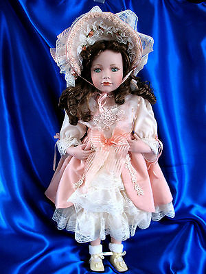 Southern Belle/Victorian Girl  PORCELAIN DOLL - Beautiful Condition